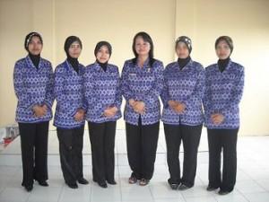 seragam guru sekolah
