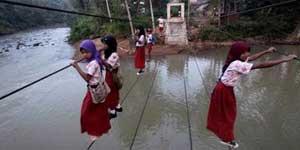 sekolah di pelosok indonesia